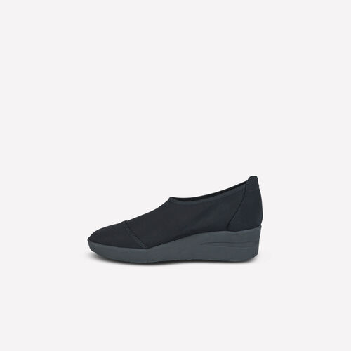 Minnie Slip On 4220 Nicole