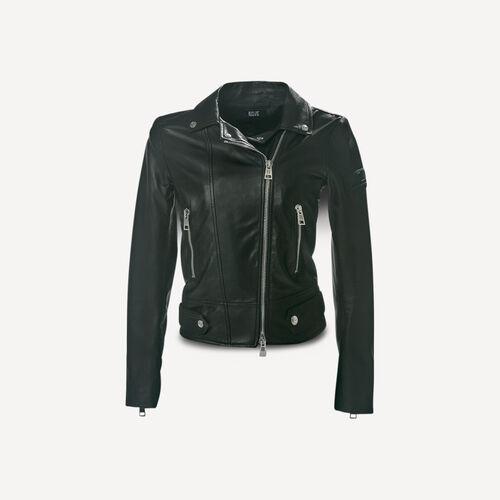 Nanà 670 Leather