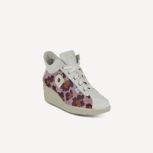 Jackie 226 A Leopard Soft