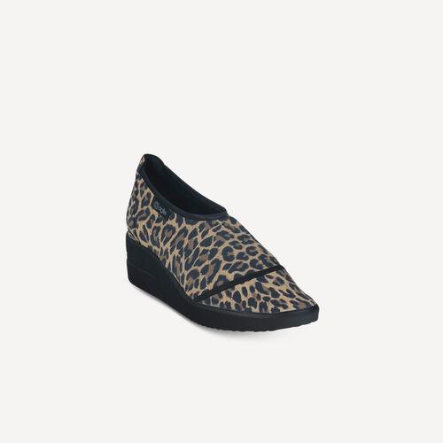 220 A Micro Leopard